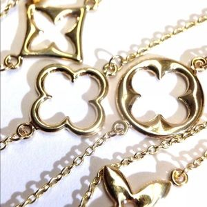 Jewelry - 14KT Gold Clover Lucky Monogram Flower Necklace